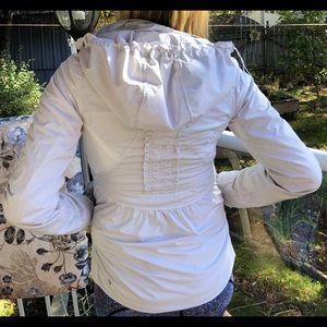 Lululemon fall jacket size 6